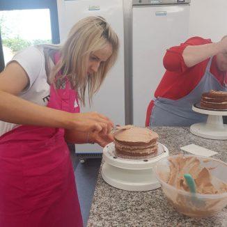 Bake Off Cake Decorating